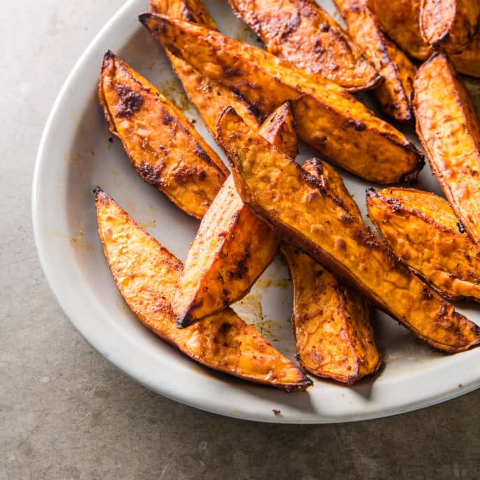 Spicy BBQ Roasted Sweet Potato Wedges
