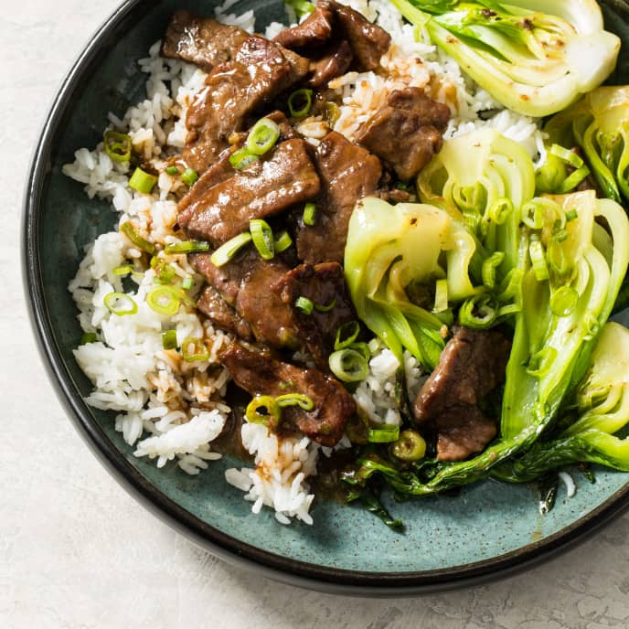 Stir-Fried Beef and Bok Choy