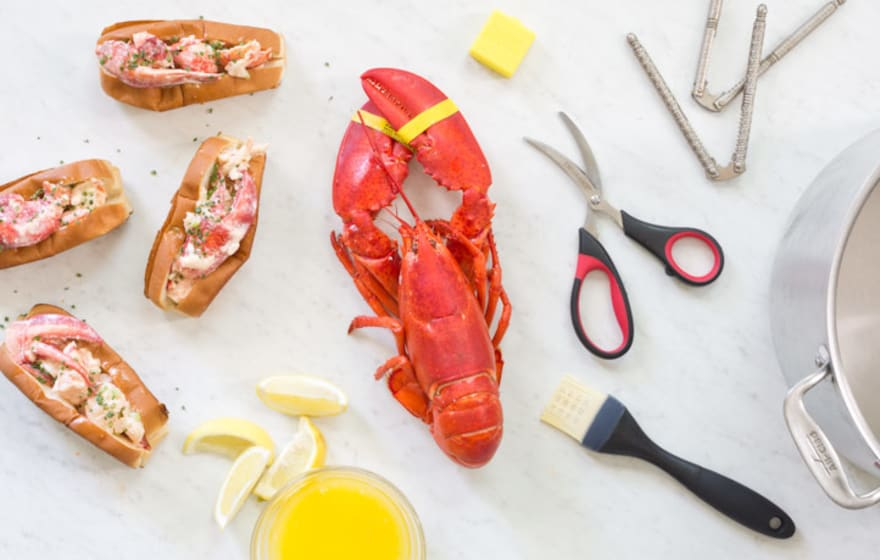 What You Need To Throw The Best Lobster Party