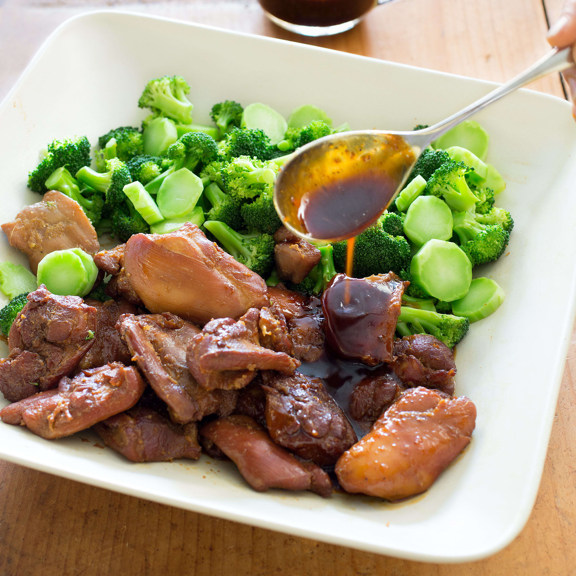 Kitchen Styles Quiz: Vietnamese-Style Caramel Chicken With Broccoli
