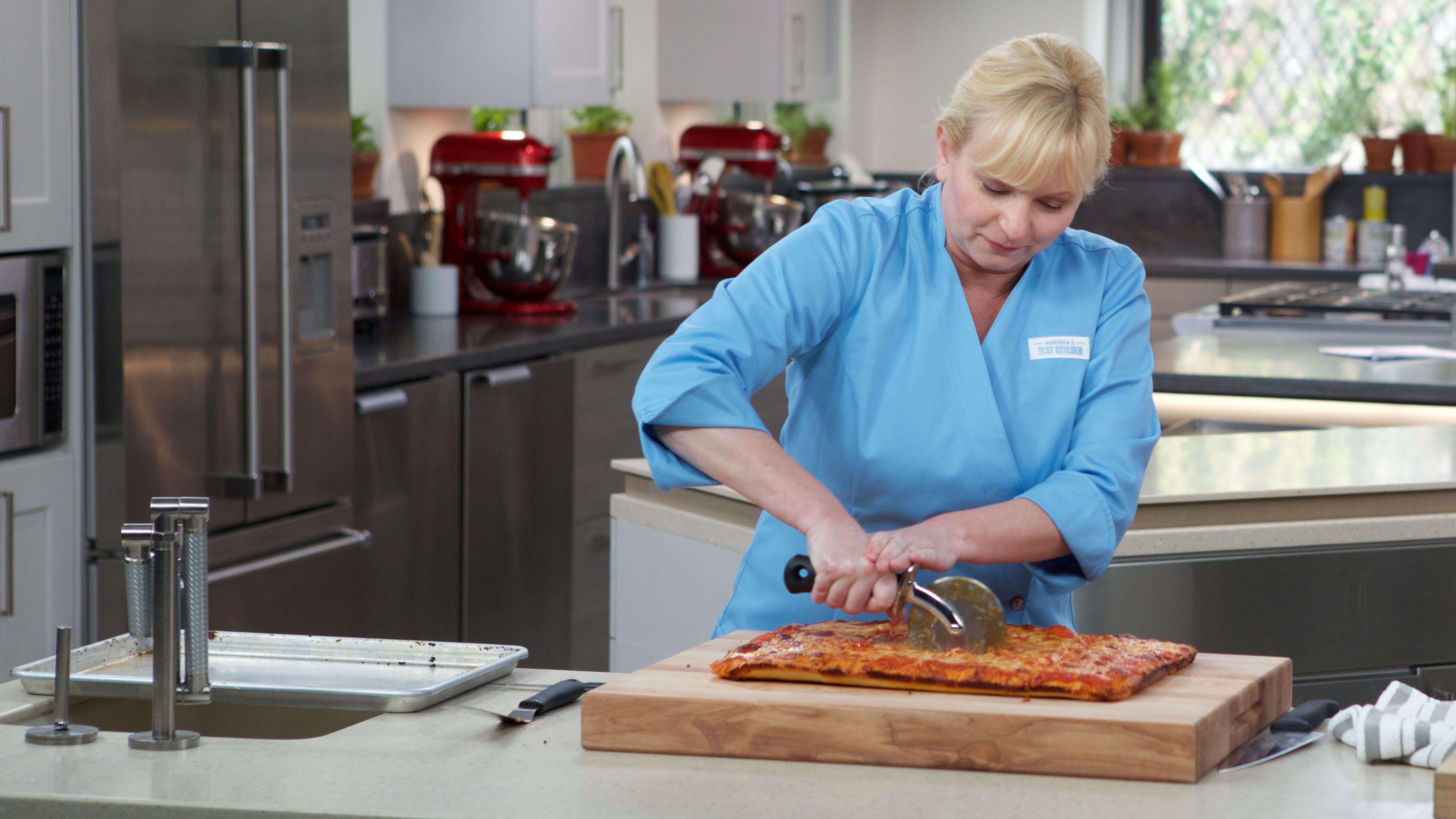 Sicilian Style Pizza America S Test Kitchen