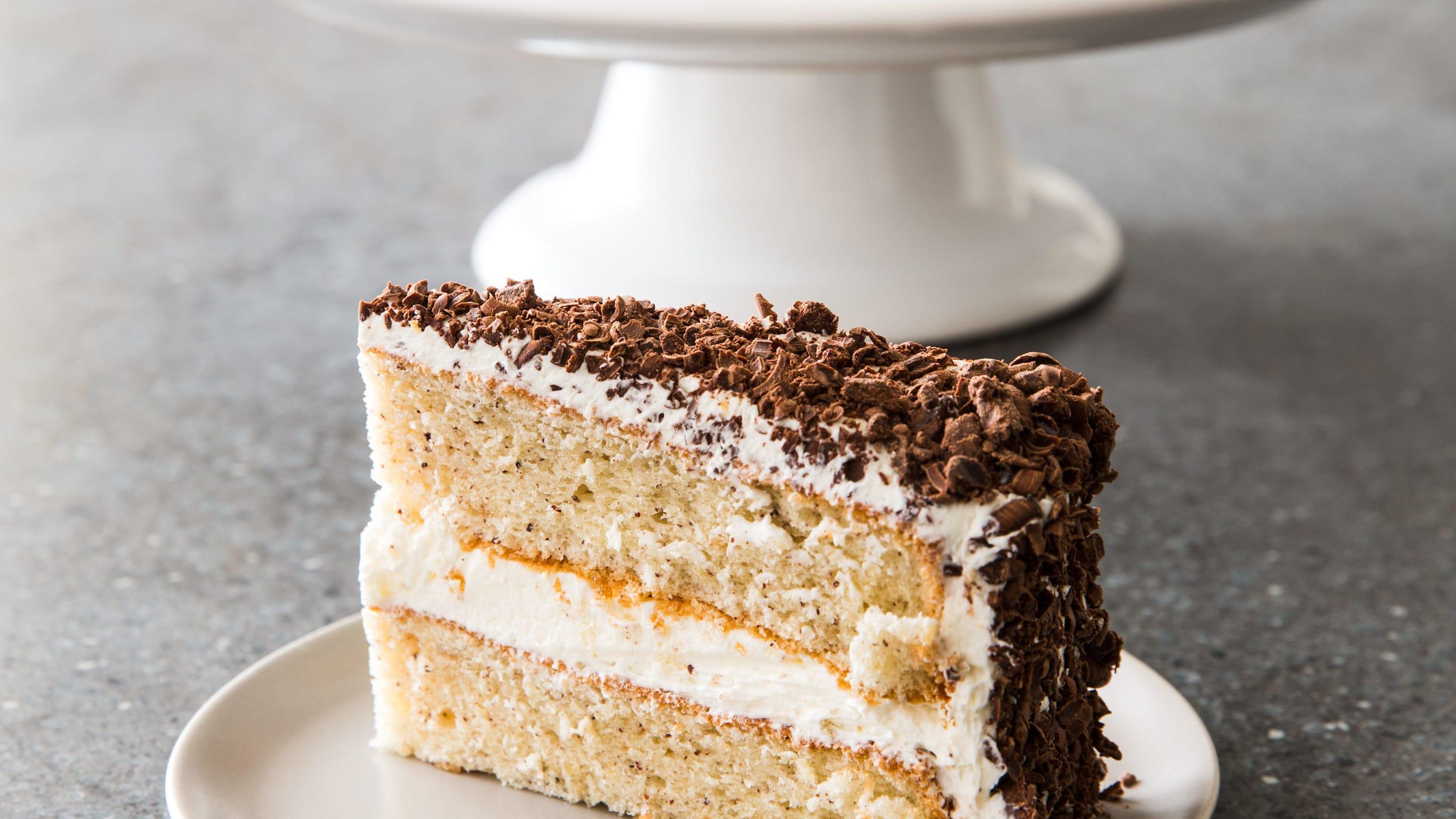 26420 sfs swiss haus hazelnut cake 17