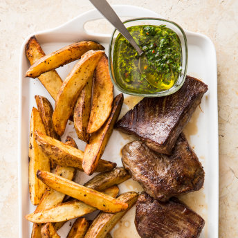 Cast Iron Pan Seared Flank Steak With Crispy Potatoes And