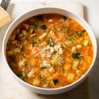 Hearty Minestrone Soup America S Test Kitchen