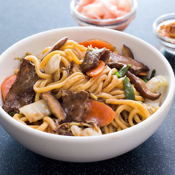 America S Test Kitchen Japanese Style Stir Fried Noodles With Beef Recipe