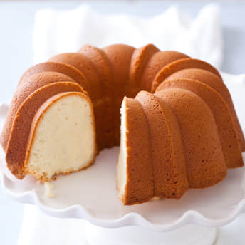 Easy Sour Cream Pound Cake Recipe From Scratch