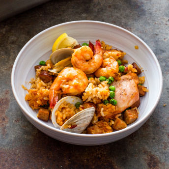 Paella on the grill americas test kitchen ingredients forumfinder Choice Image