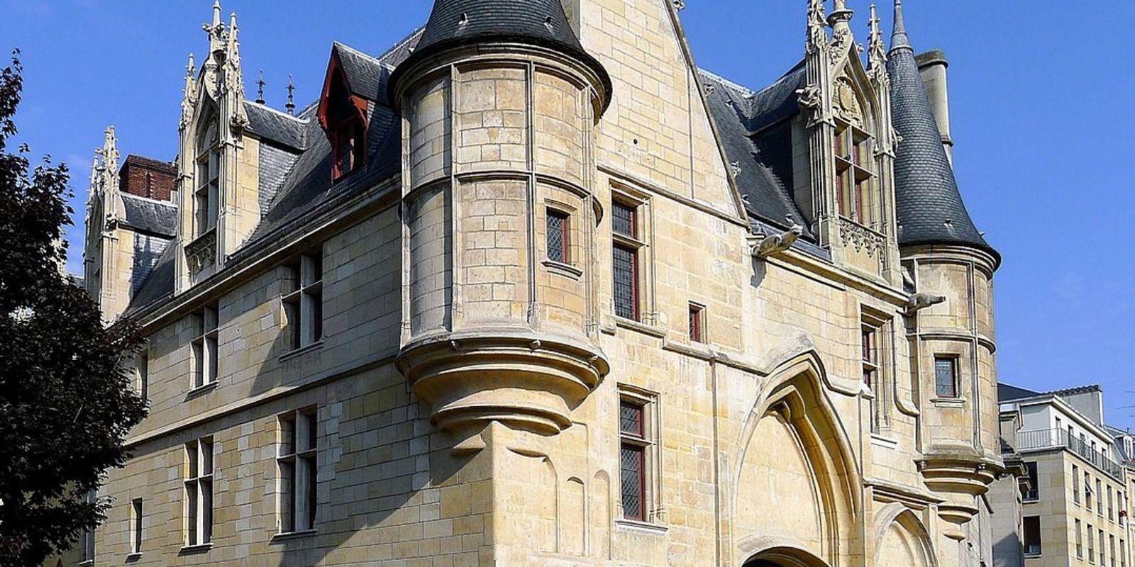 La courses des monuments parisiens