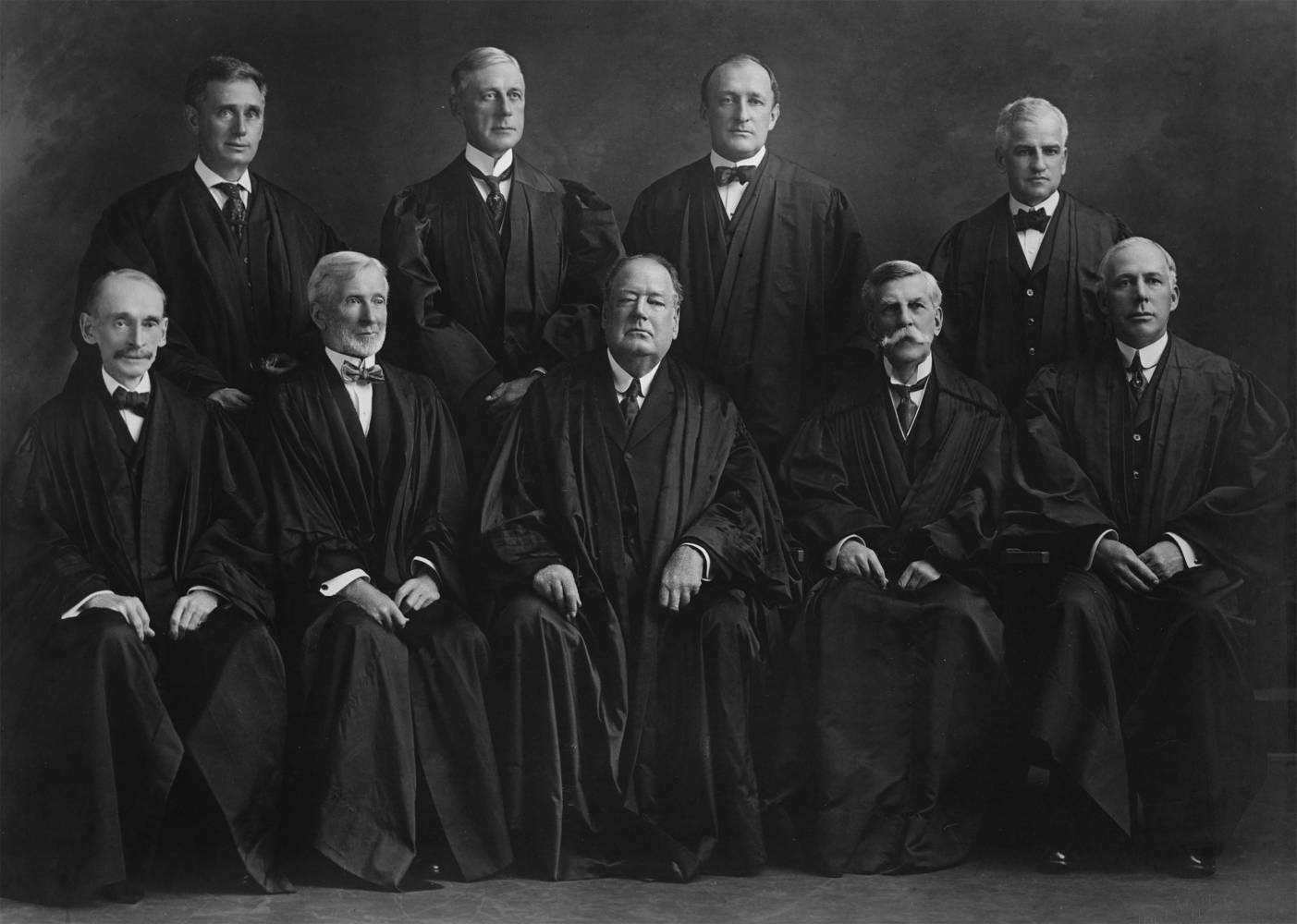 Historical black and white photo of US Supreme Court in 1917