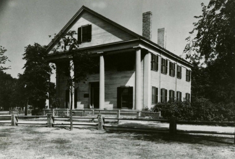 Historical photo of facade of Gannett House in 1930s