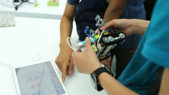 The $367 million Chinese robot startup invading the world's classrooms