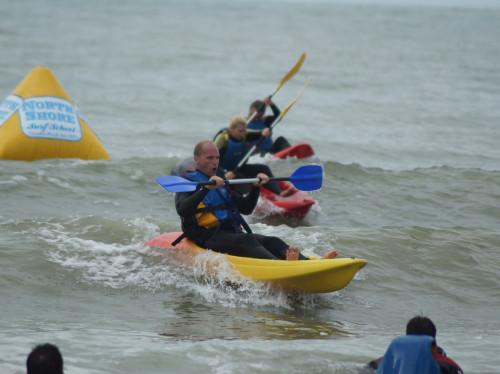 Base de loisir de Kayak sur mer