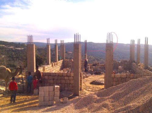 Participer à la construction d'une ARCHE DE PAIX, chapelle et centre d'accueil des ermites-apôtres de la paix à la frontière israélo-libanaise.