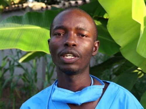 Alexis, futur médecin au Burundi