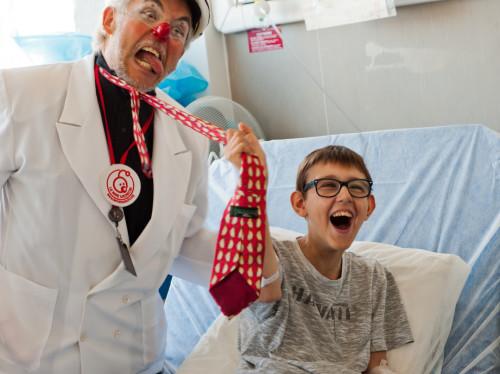 Enfants malades - Redonner le sourire aux enfants hospitalisés à l'hôpital Necker-Enfants Malades