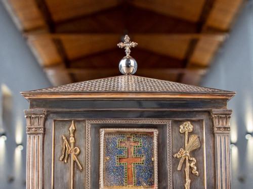 Un espace dédié pour une pièce d'art exceptionnelle, un reliquaire de la Sainte Croix.