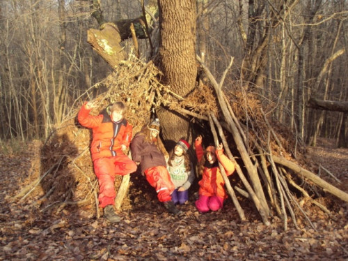 FOREST SCHOOL A CHANT'ARIZE