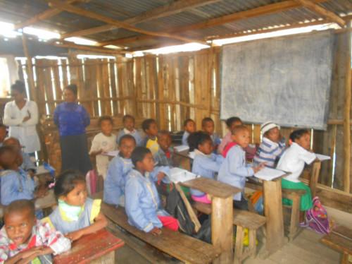 Scolarisation des enfants de la rue à Madagascar