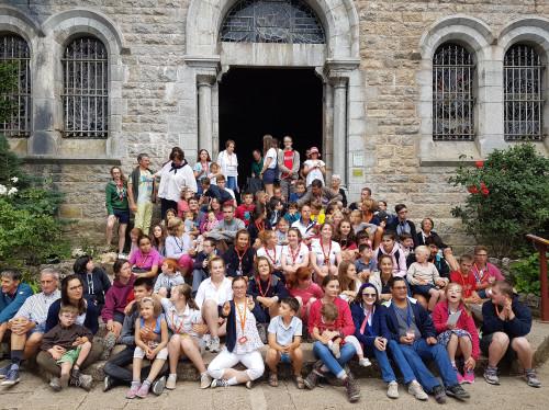 Grâce à vous 5 enfants porteurs de Trisomie vivront en famille une retraite à la Sainte Baume chez les Dominicains