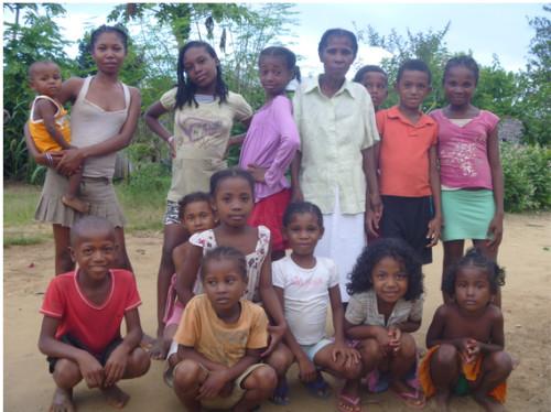 Un potager communautaire et une ferme à Ambinanifaho