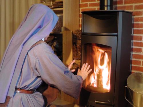 Trois poêles à bois pour chauffer les ermitages du Carmel de Marie Vierge Missionnaire !
