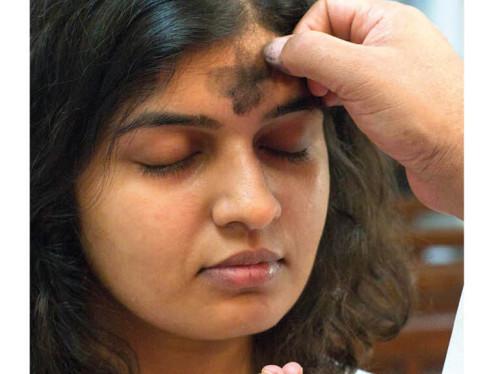 Prions en Eglise en Inde