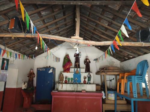 Reconstruire l'église St Antoine de Padoue à Thachur (Inde)