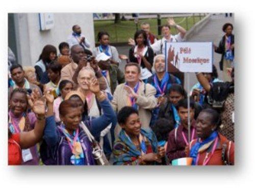 """Pèlerinage Mosaïque : """"Pèlerin sans exclusion"""" à Lourdes du 11 au 16 août 2015"""