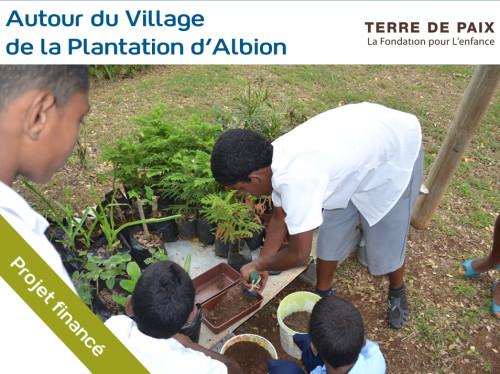 Développer les sens des enfants dans le Jardin d'éveil d'Albion à l'Ile Maurice