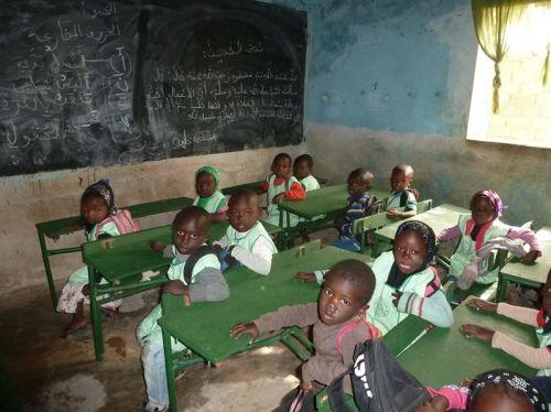 Un toit et des sanitaires pour l'école de Saly au Sénégal