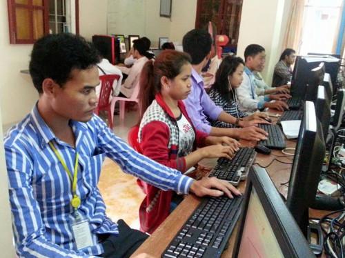 Ecole informatique bureautique gratuite à Phnom Penh au Cambodge