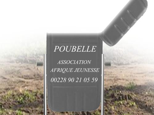 Des Poubelles pour les écoles d'Adidogomé (Lomé, Togo)