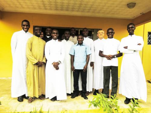 Contribution à la bonne formation du clergé en Côte d'Ivoire