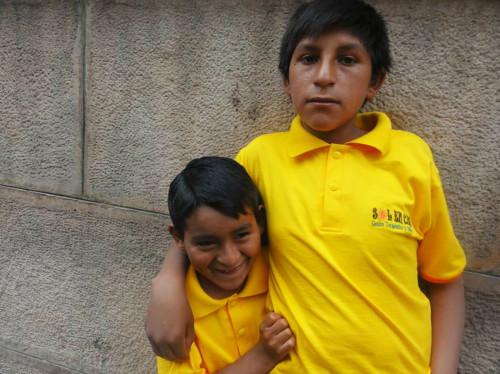 Education et soin pour les enfants handicapés de Bolivie