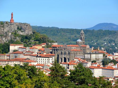 Soutenons les retraites spirituelles Agapè Notre-Dame du Puy éprouvées par la pandémie !