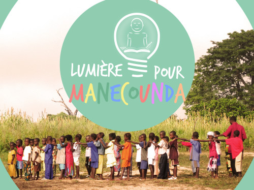 La lumière pour l'école de Manecounda