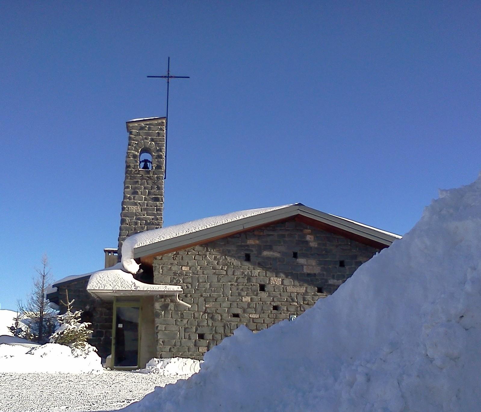 Notre-Dame du ski, rénovation d'une maison de vacances chrétienne en montagne pour l'accueil de groupes
