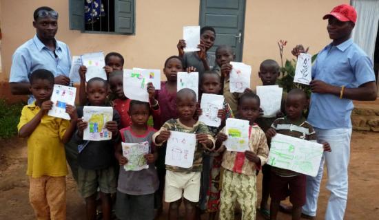 Un coup de pouce pour des enfants togolais qui rêvent d'apprendre
