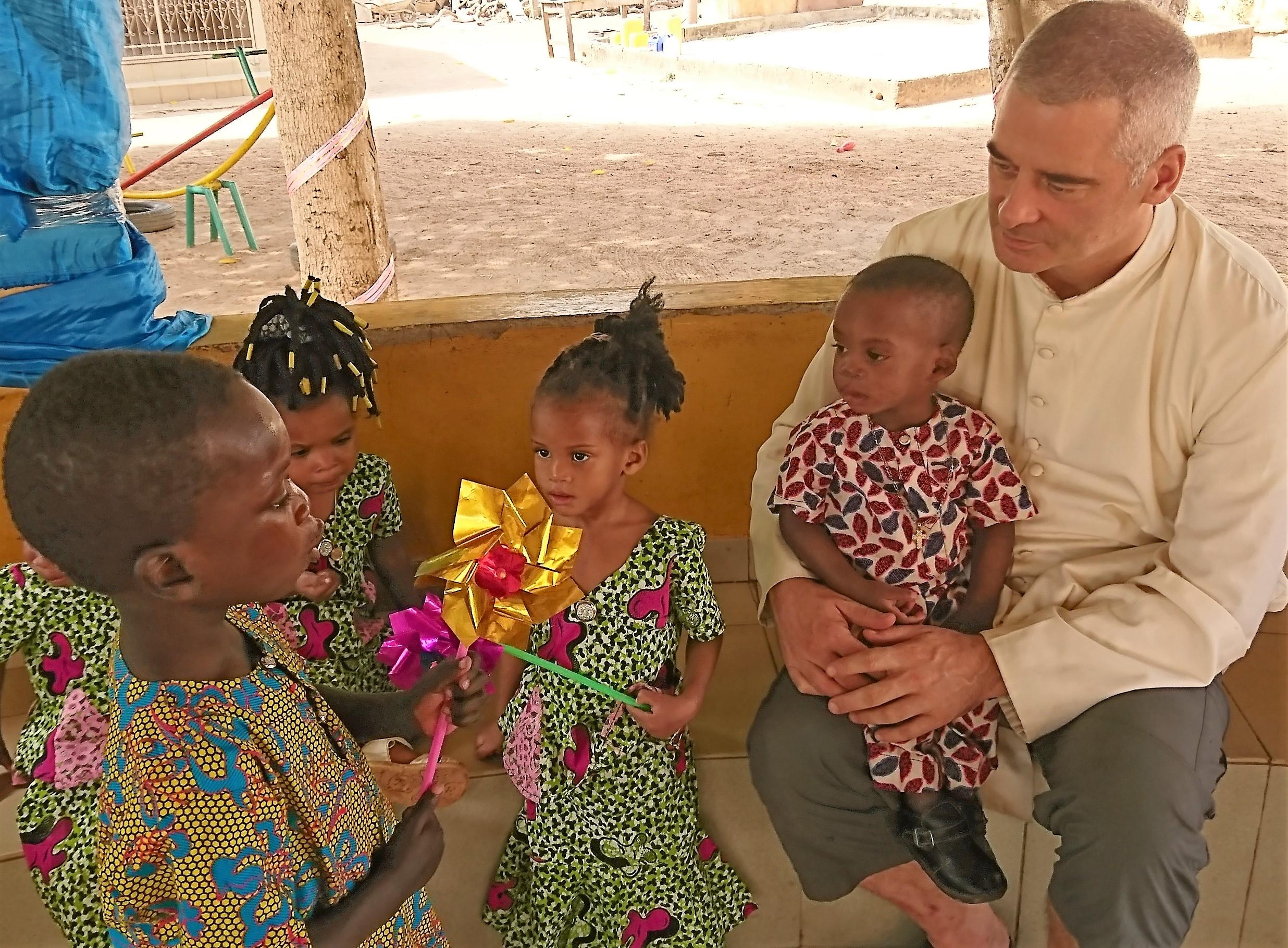 De l'eau potable pour l'orphelinat de Tchatchou (Nord-Bénin)