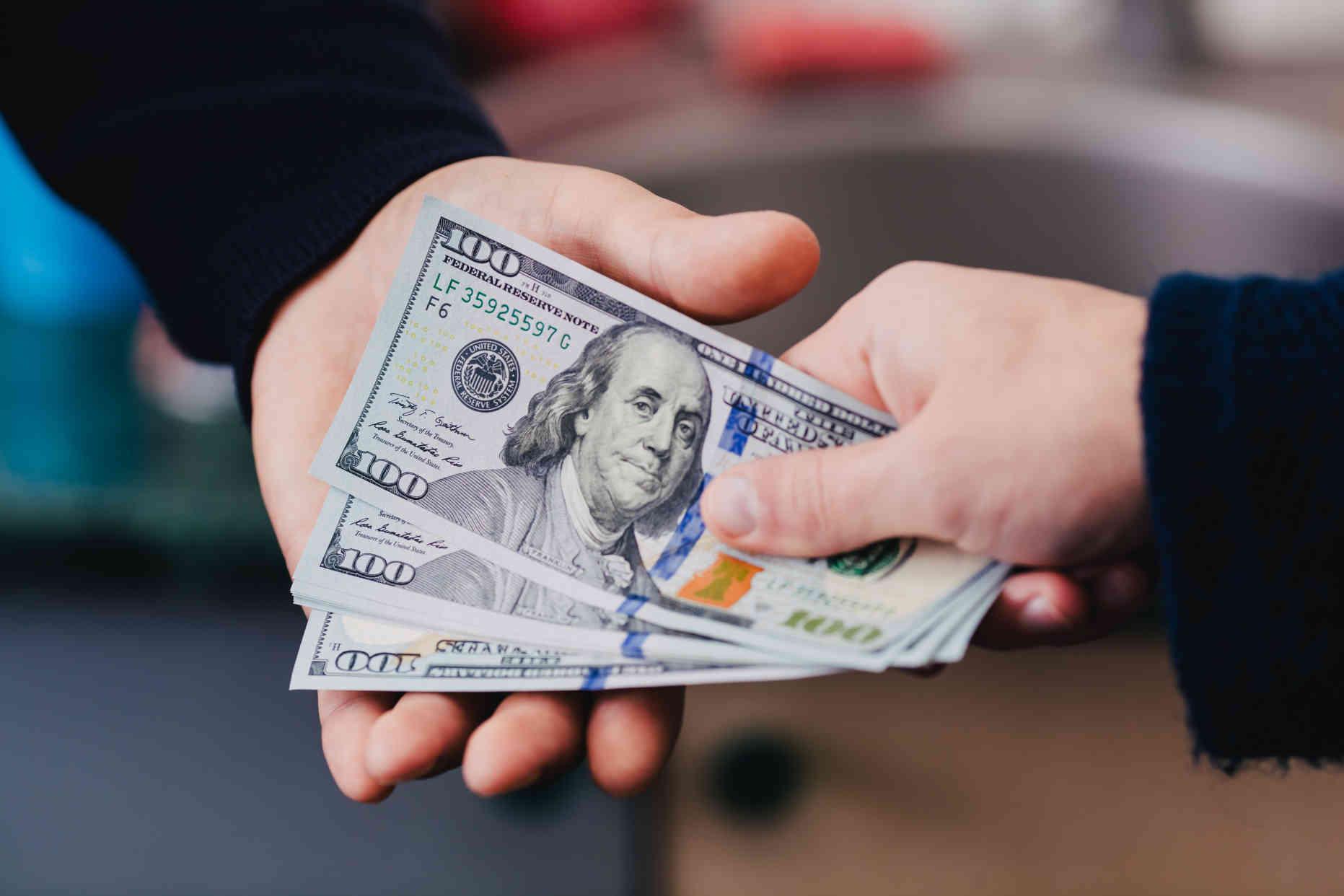 Renforcement de la réglementation des plateformes de crowdfunding dans le cadre de la lutte contre le blanchiment et le financement du terrorisme