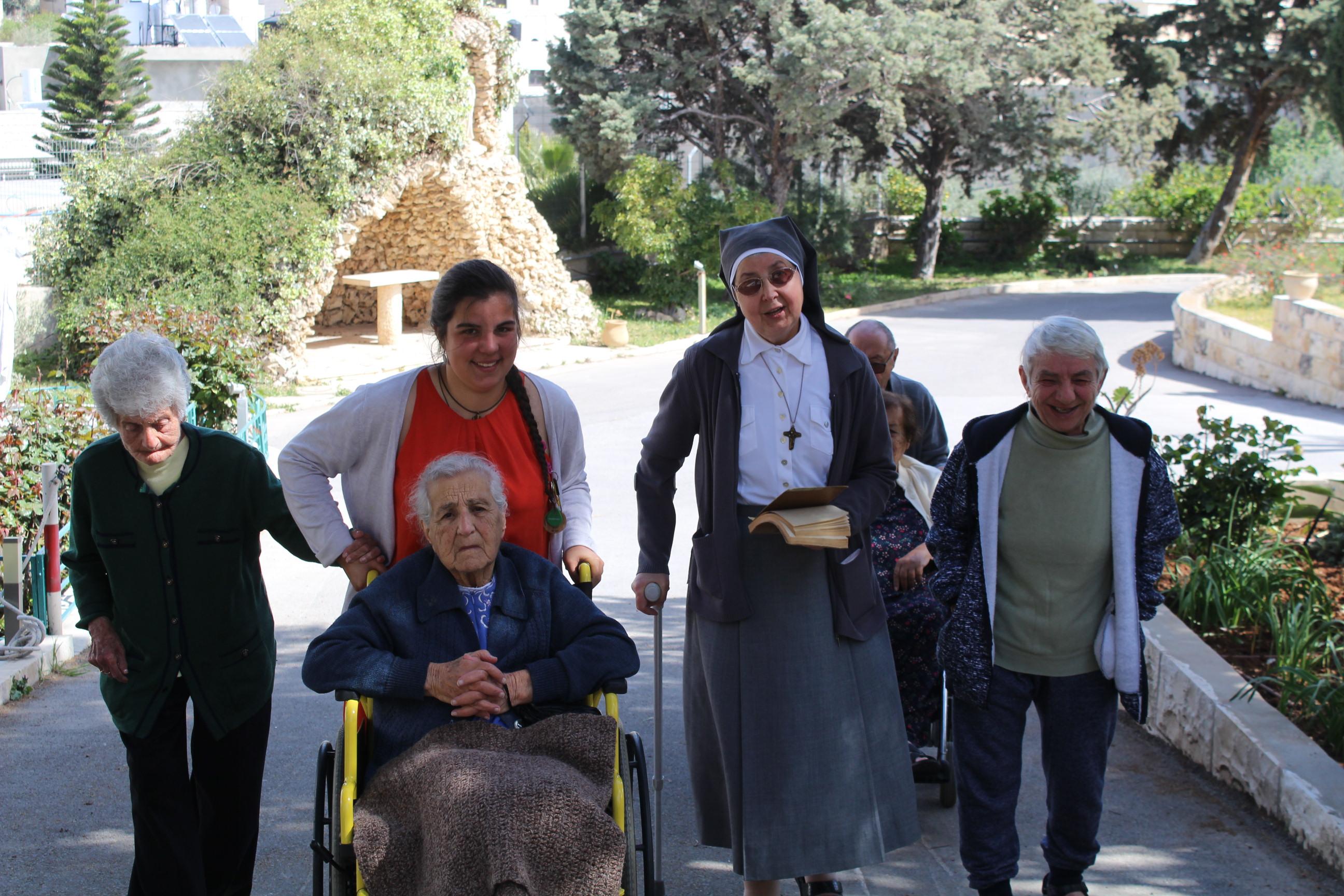 Parrainage d'une personne âgée de Jérusalem