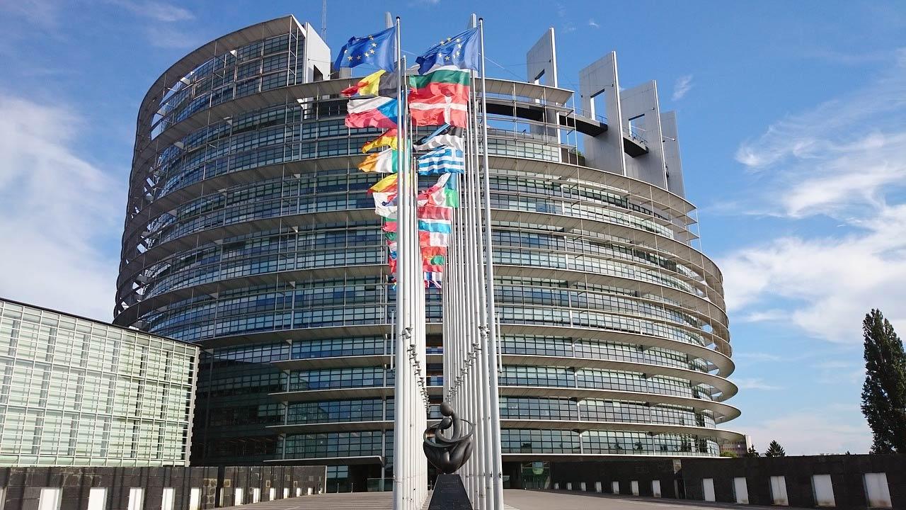 Crowdfunding : vers une libéralisation et une harmonisation des règles européennes