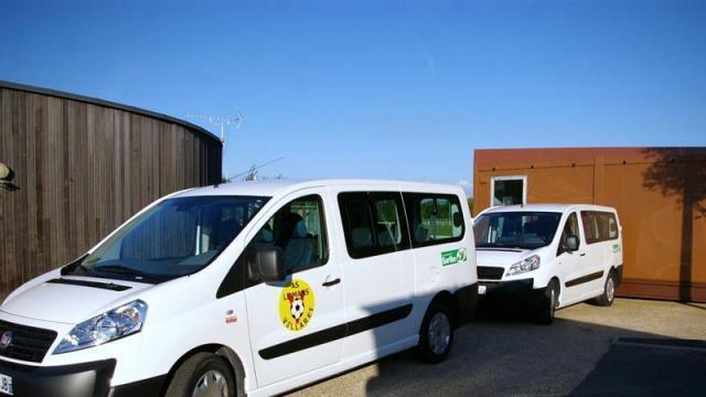 Achat d'un minibus pour l'A.S. Villaret football