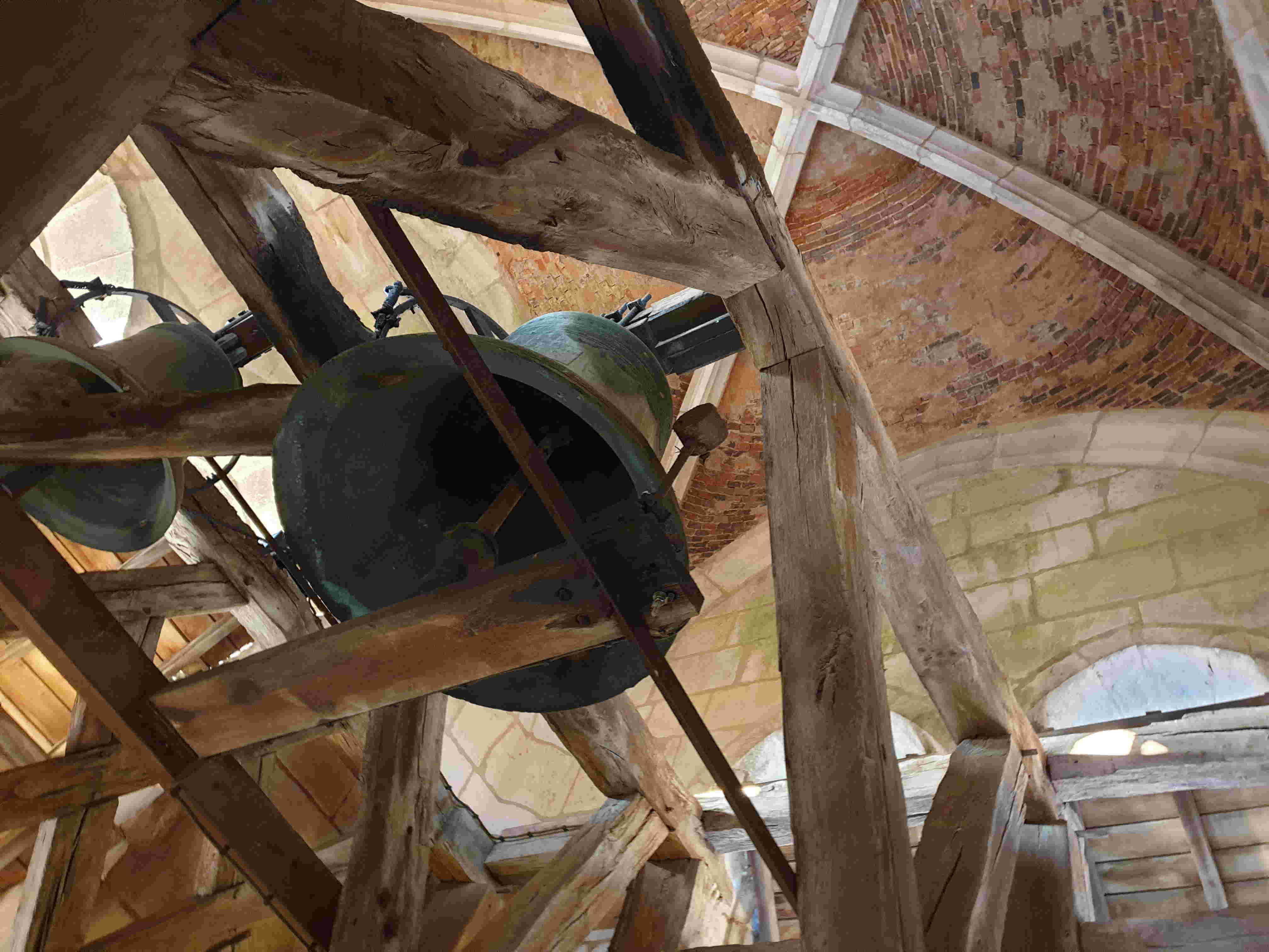 Une cloche pour l'église Saint-Julien de Thury !