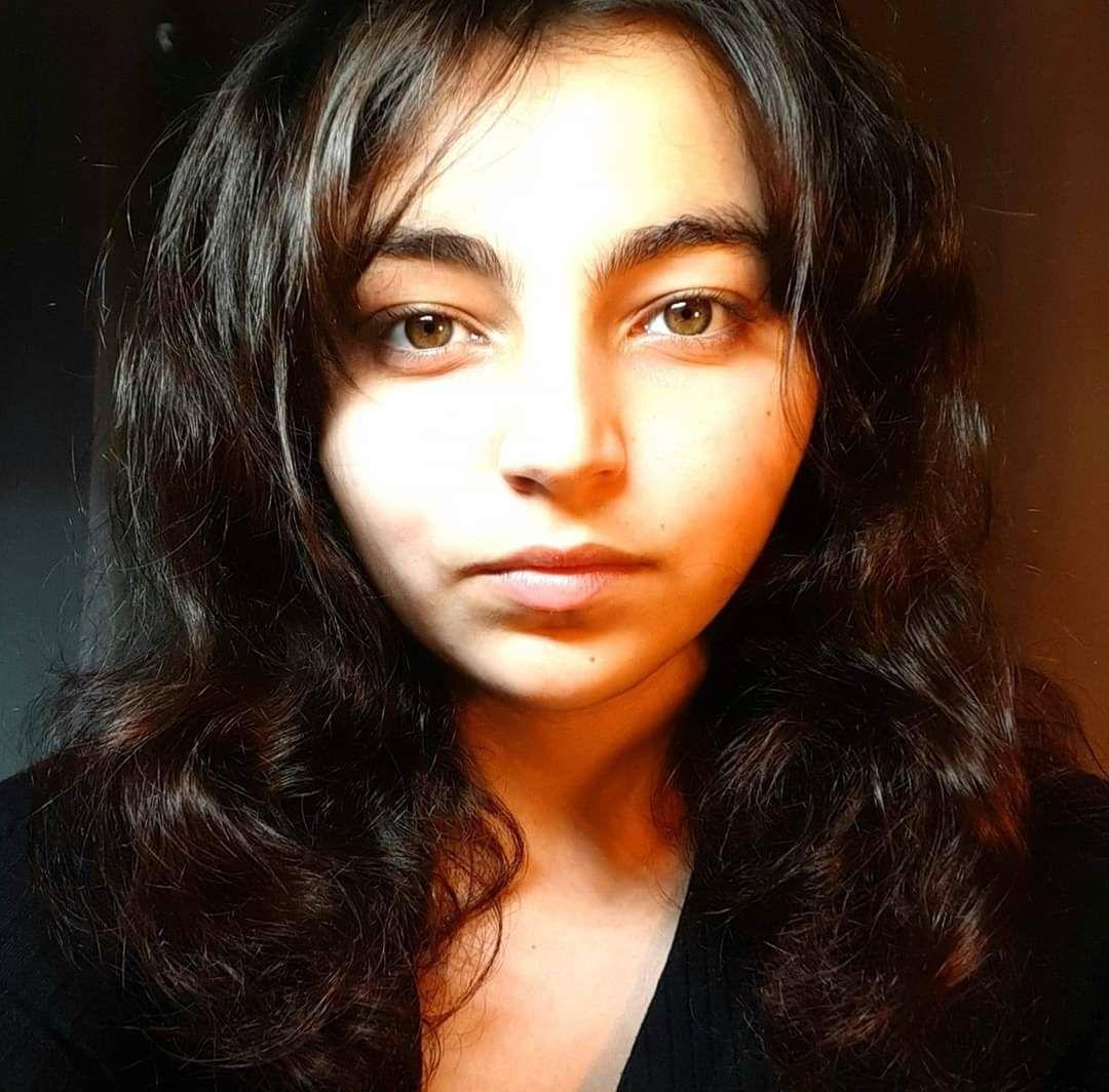 Aidons Nawel, jeune femme de 22 ans sur le point de tout perdre