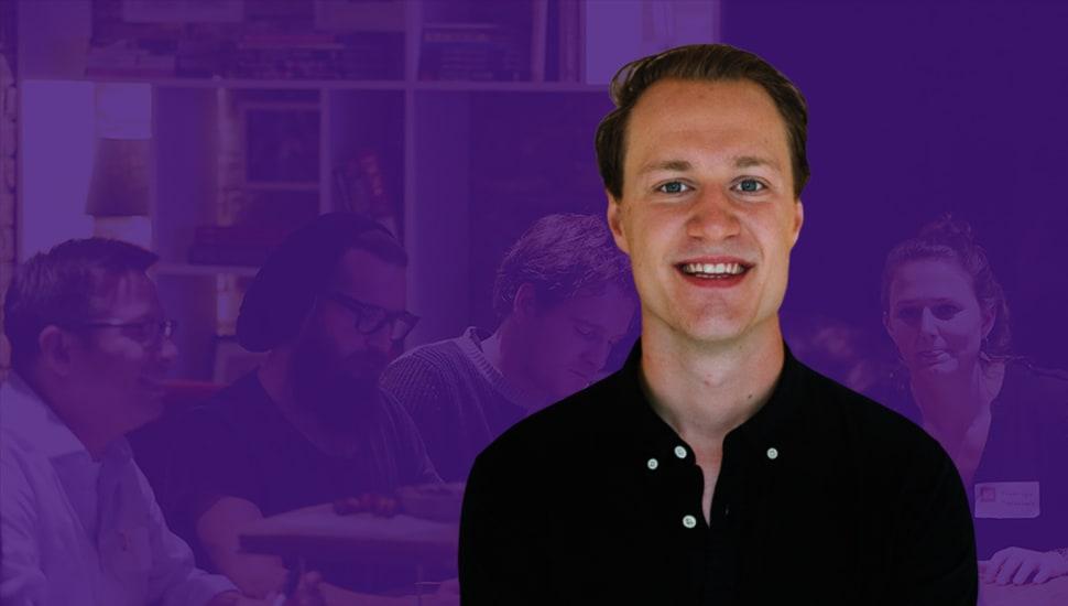 Han jagar info på startupföretaget Hedvig -  Hyper Island alumni Carl Lager om programmet Data Analyst