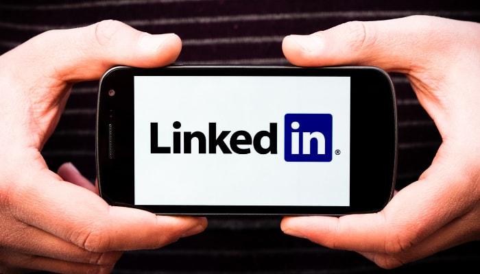 Så hittar du jobb med hjälp av sociala medier!
