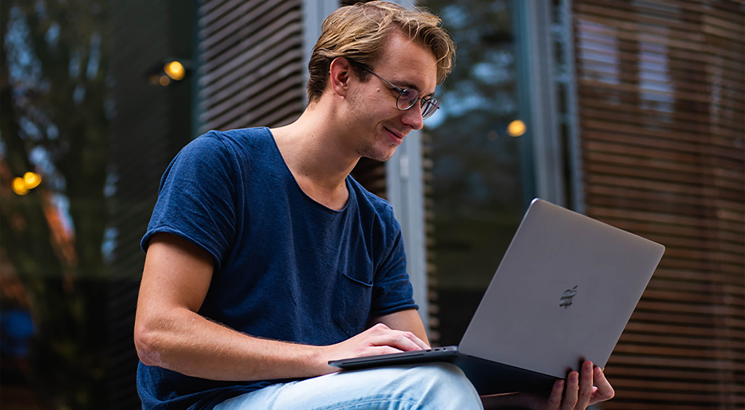 guy-computer