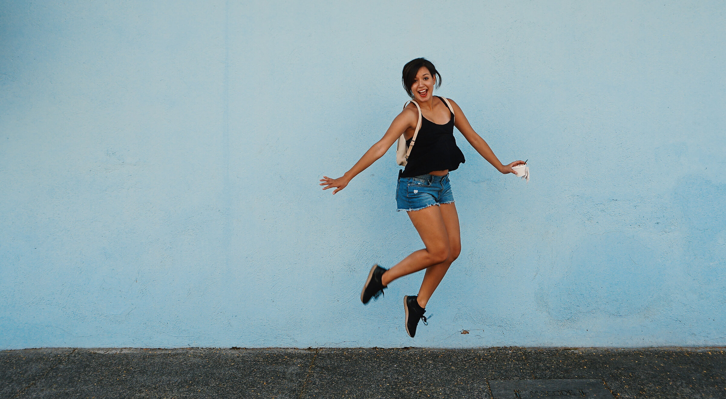 happy-girl-jumping