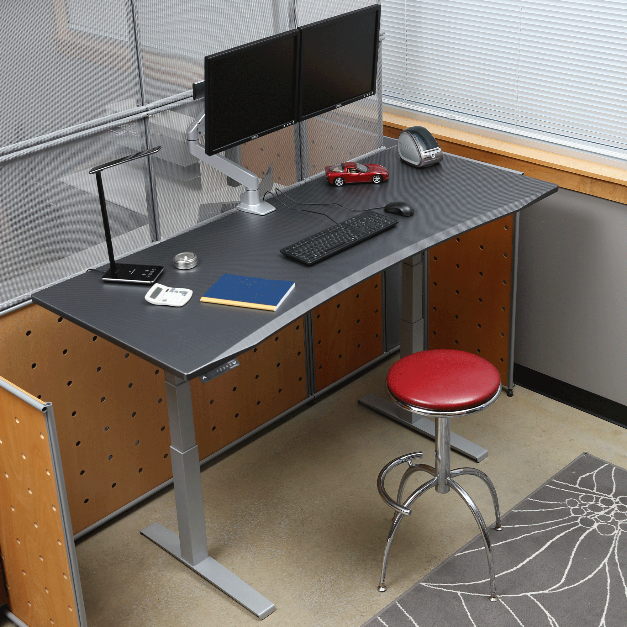 Carbon Fiber Desk in Cubicle with Stool